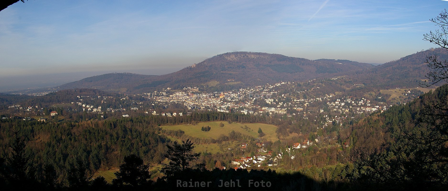 Stadt vom Louisfelsen Panorama zum Scrollen