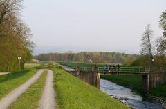 Sandbach bei Iffezheim Goldbrücke